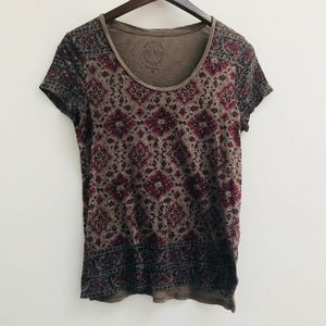 Lucky Brand tee size XS